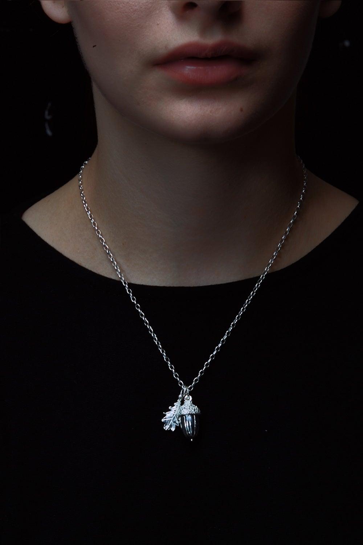 Acorn & Leaf Pendant Silver