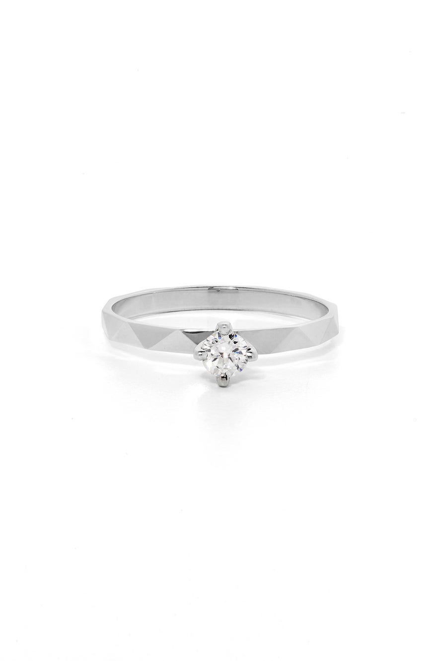 Believer Ring, White Gold, White Diamond
