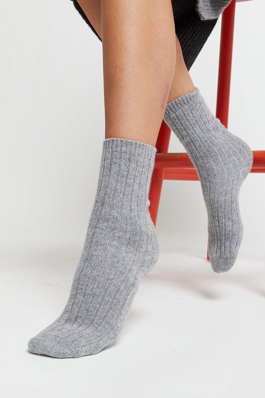 100% Cashmere Rib Socks