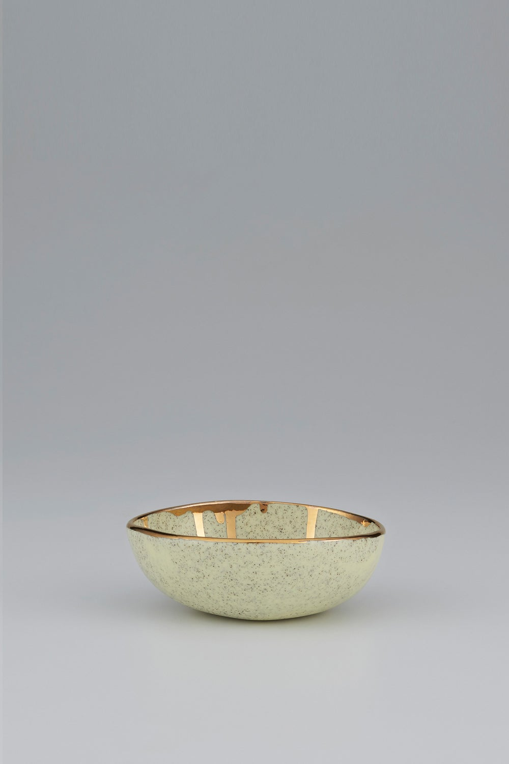 Claybird Large Tinted Ring Bowl with Gold Drip Rim Speckled Yellow