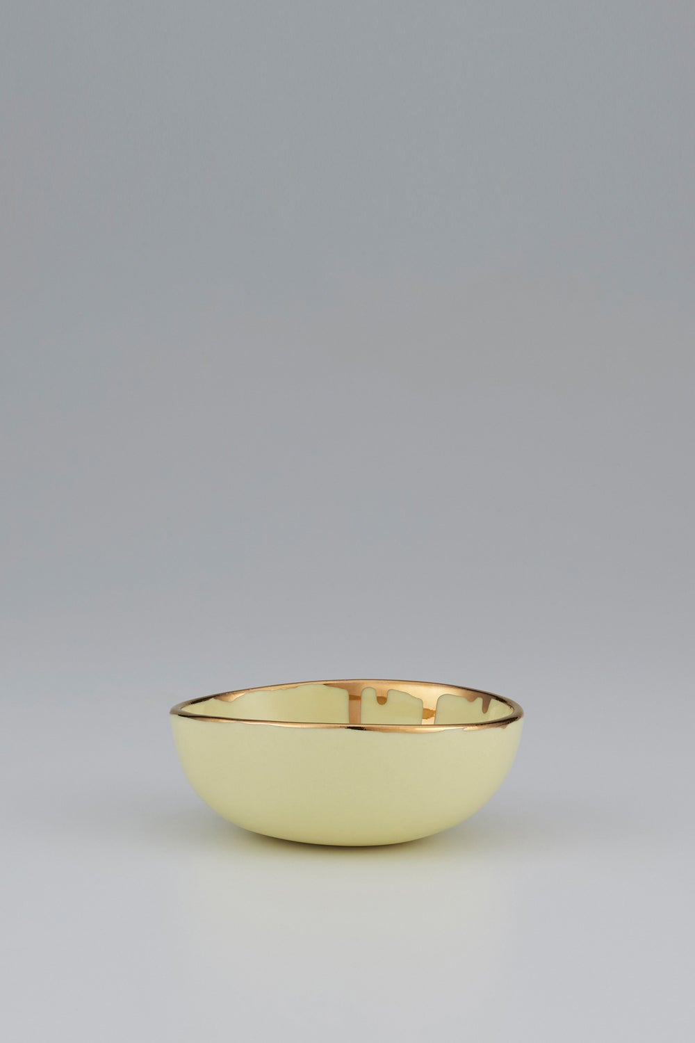 Claybird Large Tinted Ring Bowl with Gold Drip Rim Yellow