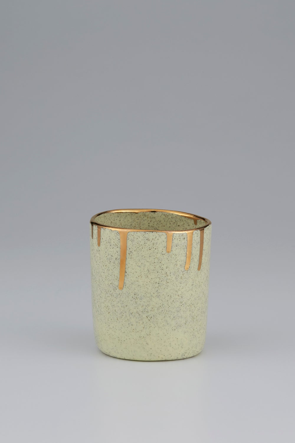 Claybird Tinted Tumbler with Gold Drip Rim Speckled Yellow