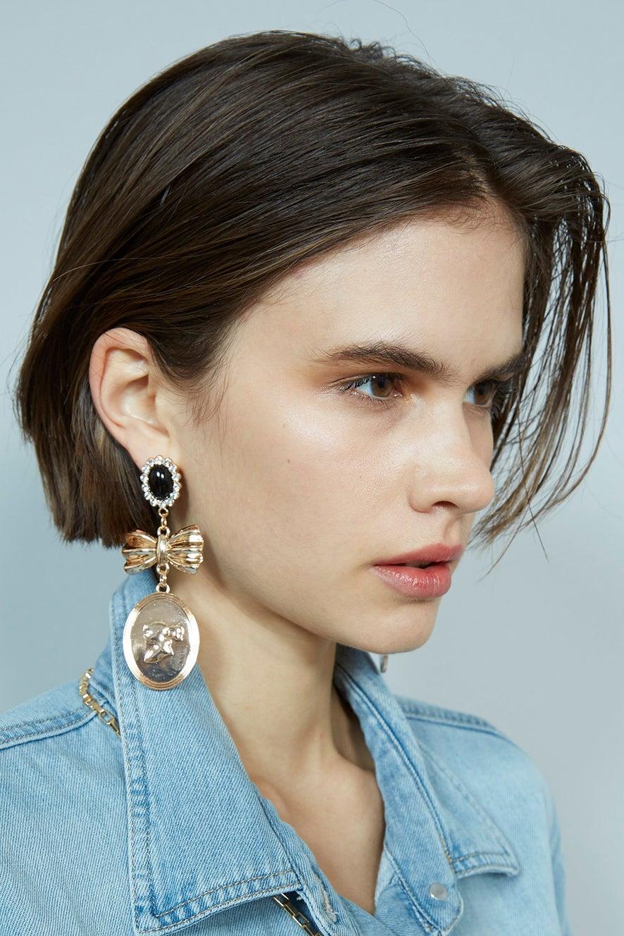Golden Girl Cameo Earrings