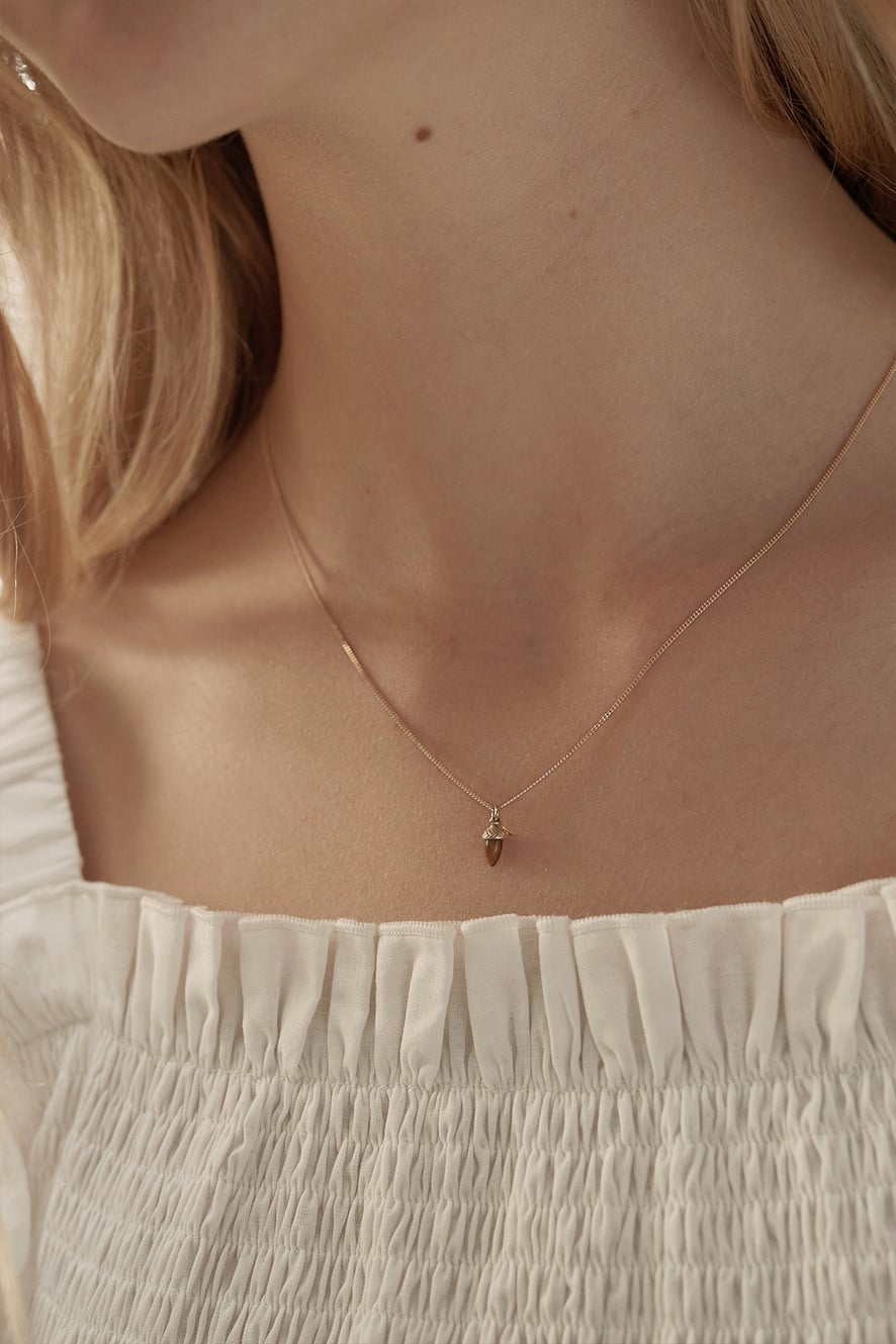 Micro Acorn and Leaf Necklace Rose Gold