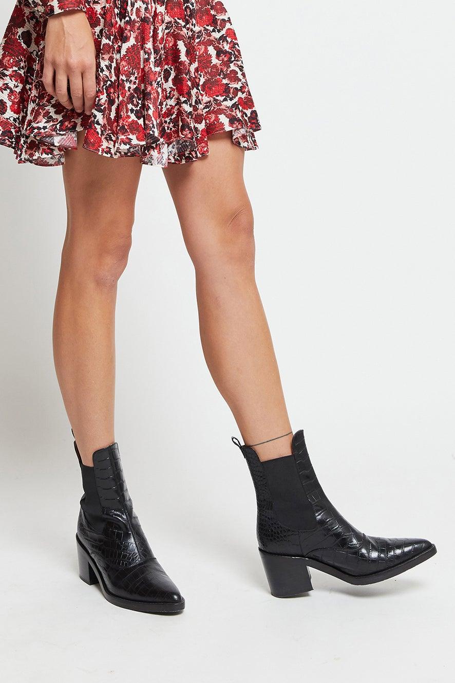 Nyx Chelsea Boot