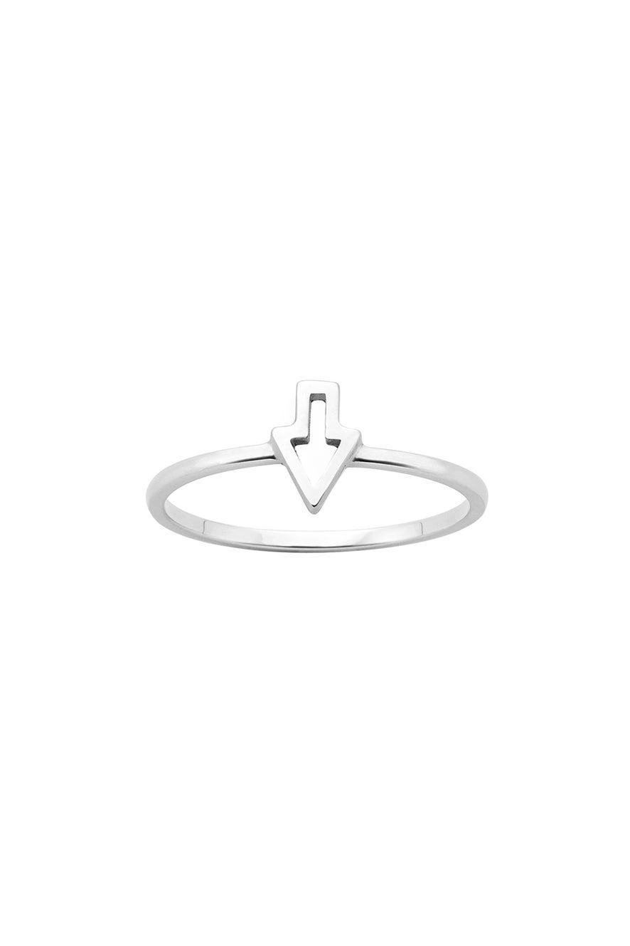 Superfine Runaway Arrow Ring Silver