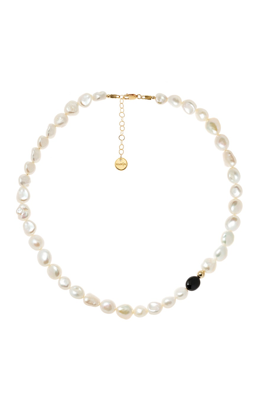 Vania Large Pearl with Black Agate Necklace