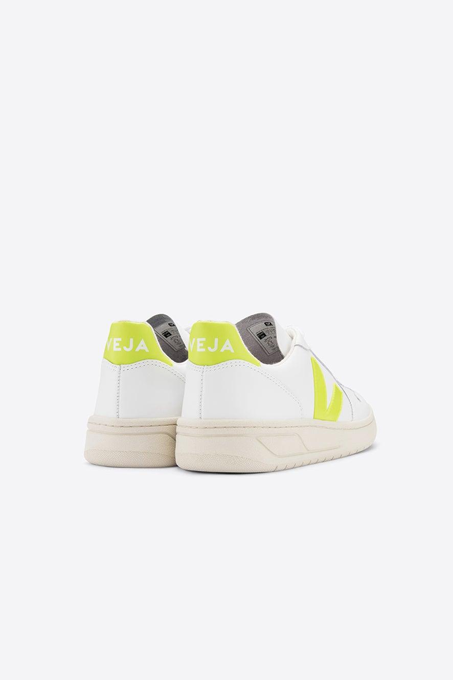 Veja V-10 Extra White/Juane Fluo