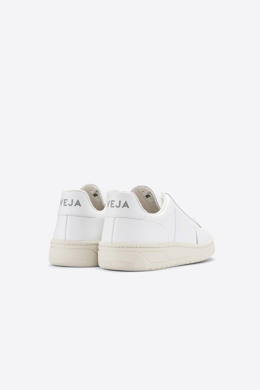 Veja V-12 Extra White